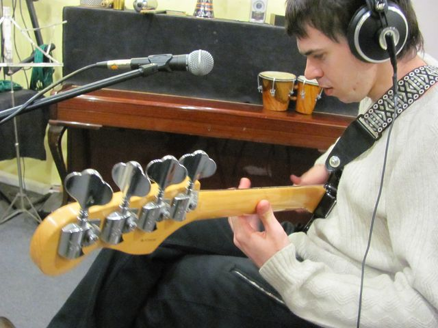 Собственно, я и Fender American Deluxe P-Bass