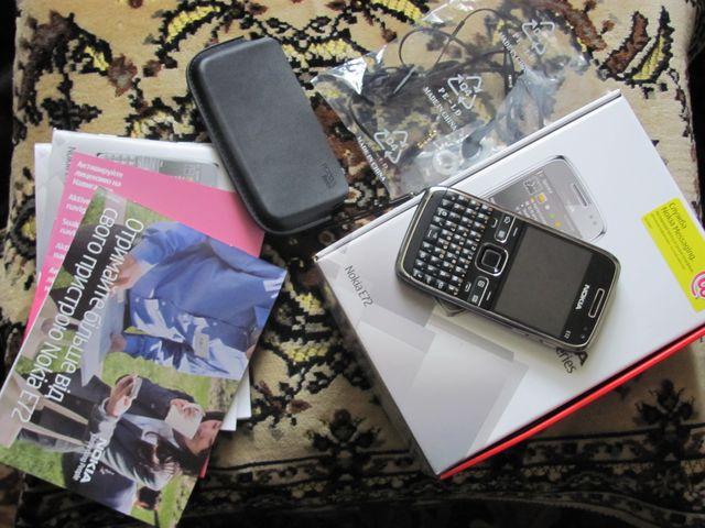 Комплект Nokia E72