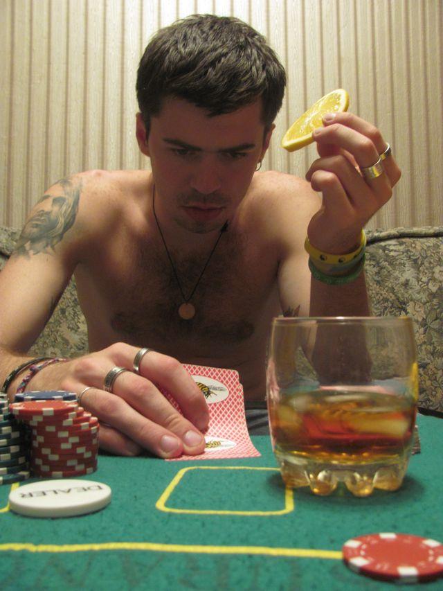Покер - это тоже рок-н-ролл.
