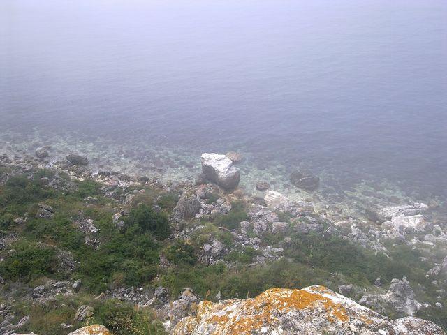 Море внизу