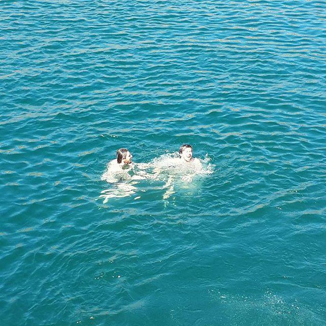 Сказал Сане, что змея плывёт и чуть не утонул из-за этого)
