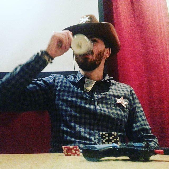 #Шериф #покер #трактир #бордель